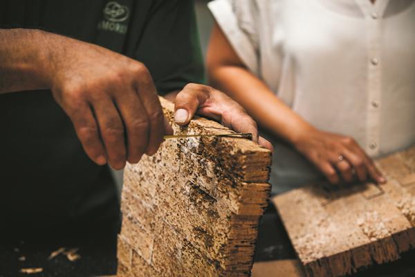 Amorim Cork & Cork Rubber   Amorim Gasket Materials